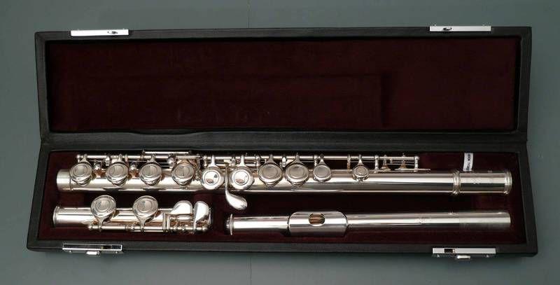 Yamaha Querflöte YFL 411